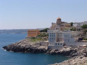 Santa_Cesarea_Terme_dal_mare