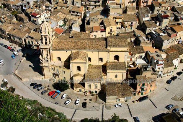Chiesa di San Bartolomeo Apostolo risale ai primi anni del XV secolo.