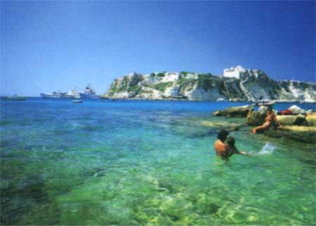 Villaggio Camping 5 Stelle & Nuovo Villaggio Gargano a Isola di Varano (Puglia)