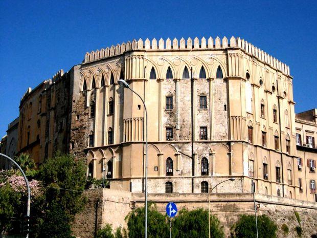 palazzo-dei-normanni.jpg